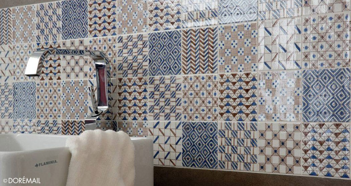 Hand painted ceramic tiles : unique bathroom tiles